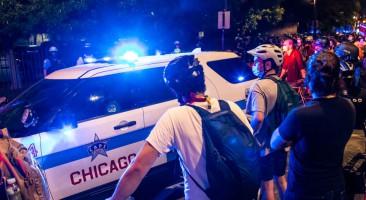Chicago no colaborará con ICE para detener a indocumentados, aunque tengan antecedentes